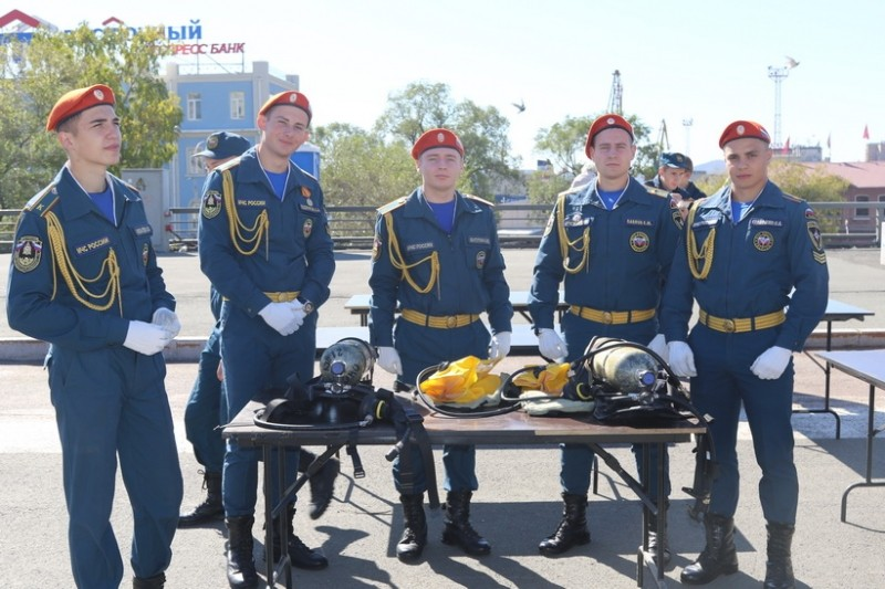День войск гражданской обороны МЧС Российской Федерации