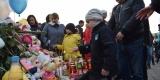 <strong>Во Владивостоке сотни горожан почтили память погибших при пожаре в Кемерово</strong>