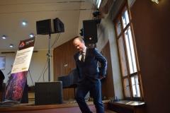 <strong>Проректор ДВГИИ по концертно-творческой и воспитательной работе, профессор, Заслуженный артист РФ Александр Капитан</strong>