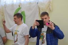 <strong>Видеоблогер Александр Ушаков (слева)</strong>