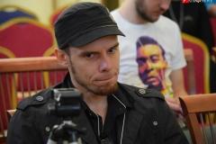 <strong>Видеоблогер Евгений Юров</strong>