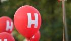 <strong>У многих пришедших на митинг были красные воздушные шары с буквой Н</strong>