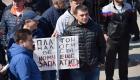 <strong>Примечательно, что на митинге не было замечено флагов или другой атрибутики Объединения перевозчиков России, которое является организатором всероссийской стачки дальнобойщиков, стартовавшей 27 марта</strong>