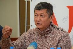 <strong>Художественный руководитель Юрий Гончаров</strong>