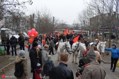 <strong>Горожане собираются на остановке общественного транспорта «Дальзавод»</strong>