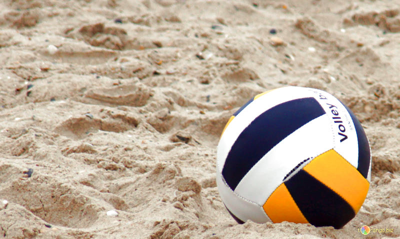 Владивостокский турнир по пляжному волейболу собрал около сотни участников
