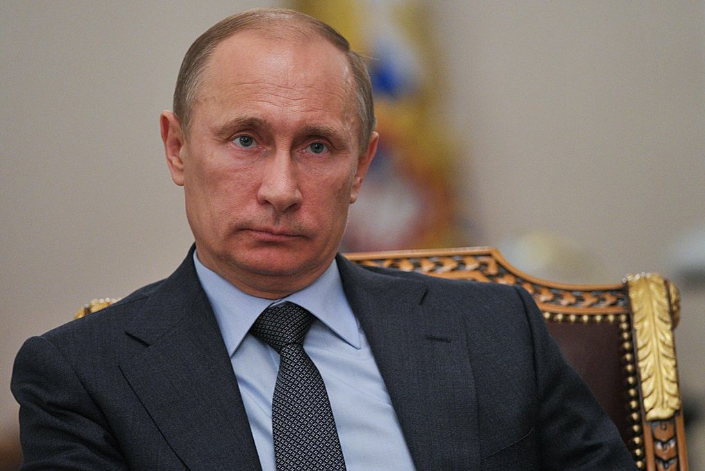 Путин: прекращение оттока населения с Дальнего Востока является одной из приоритетных задач России