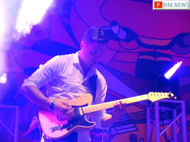 Легендарная латвийская группа Zodiac впервые выступила на Дальнем Востоке в рамках фестиваля V-ROX-2016