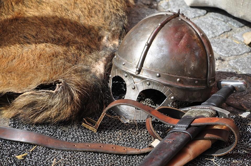 Во Владивостоке бились и пытали, как в Средневековье