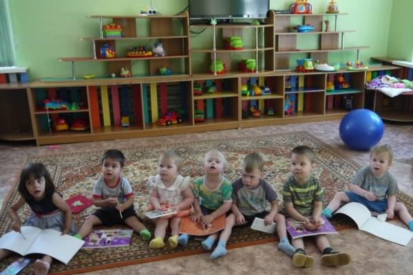 Приморские тюремщики помогли собраться в школу и своим детям, и чужим