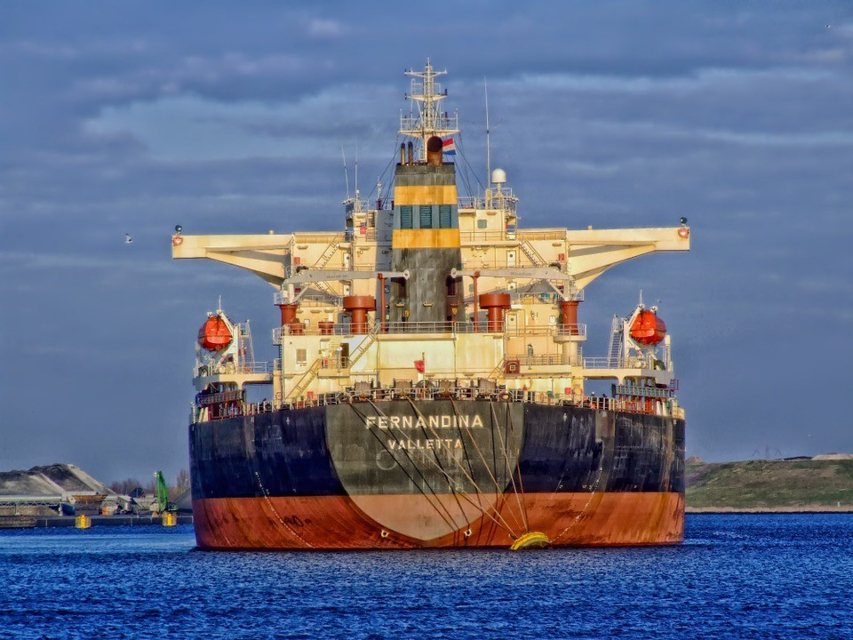 За семь месяцев 2016 года порт Владивосток увеличил грузооборот на 11,8%