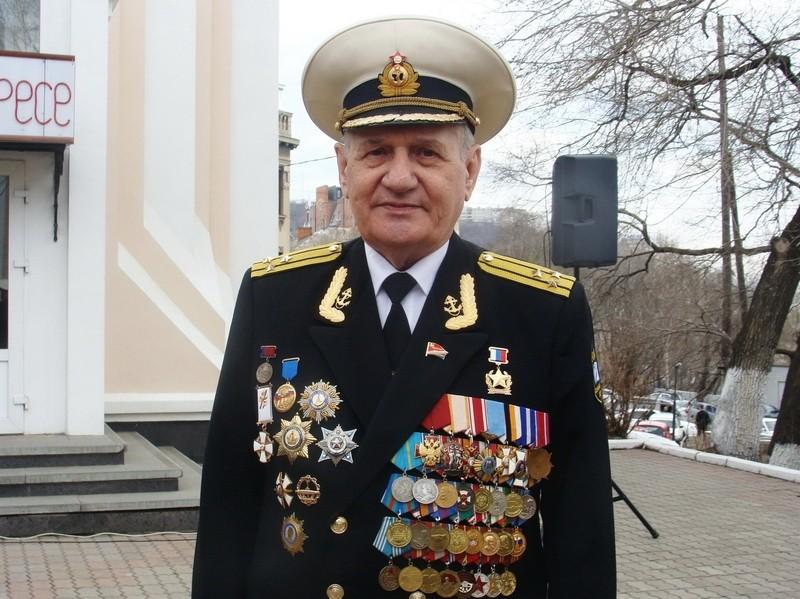 Свою новую книгу представил Почётный гражданин Владивостока Геннадий Турмов