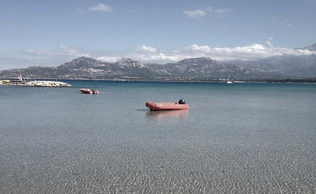 О проблеме морского мусора говорили на побережье Хасанского района Приморья