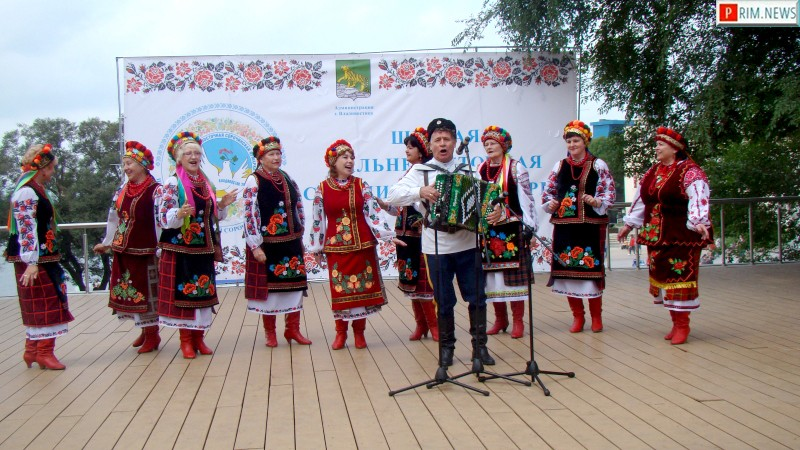 Украинский акцент: VI Сорочинская ярмарка открылась во Владивостоке