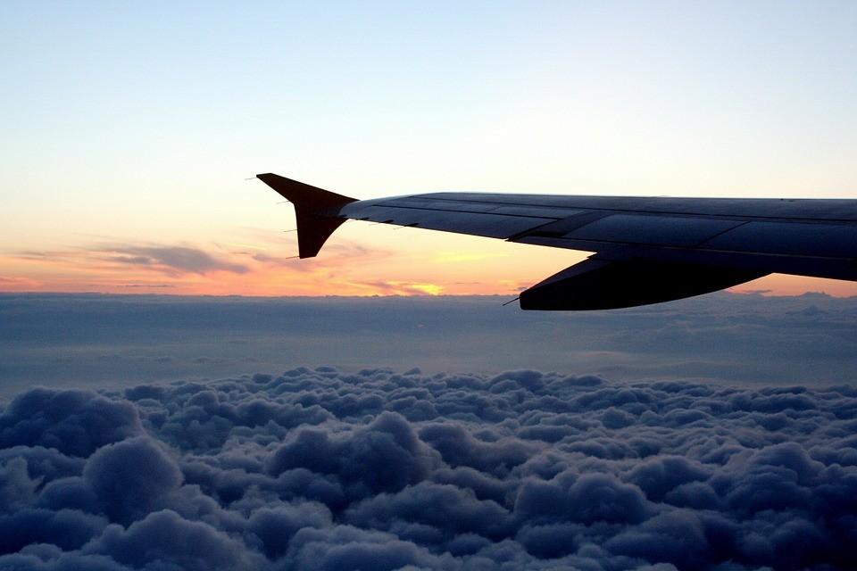 Авиакомпания «ИрАэро» начала выполнять регулярные рейсы из Владивостока в Омск