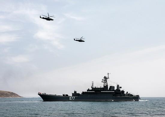 Десятки кораблей приняли участие в двустороннем тактическом учении сил Тихоокеанского флота