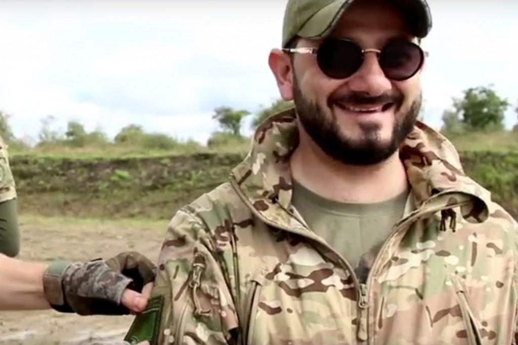 «Бородач» Галустян освободил от «террористов» самолёт в Приморье