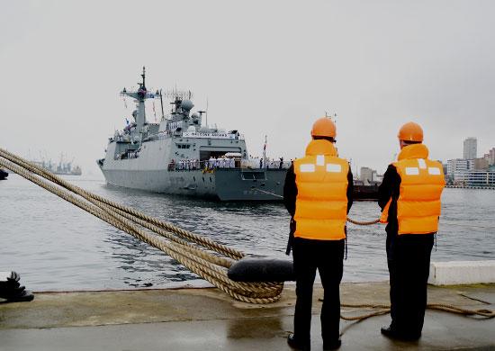 Моряки-тихоокеанцы поблагодарили китайских коллег за совместные учения