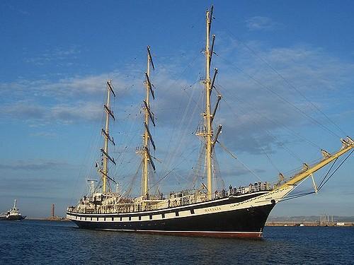 Учебное парусное судно «Паллада» прибыло в порт Петропавловск-Камчатский
