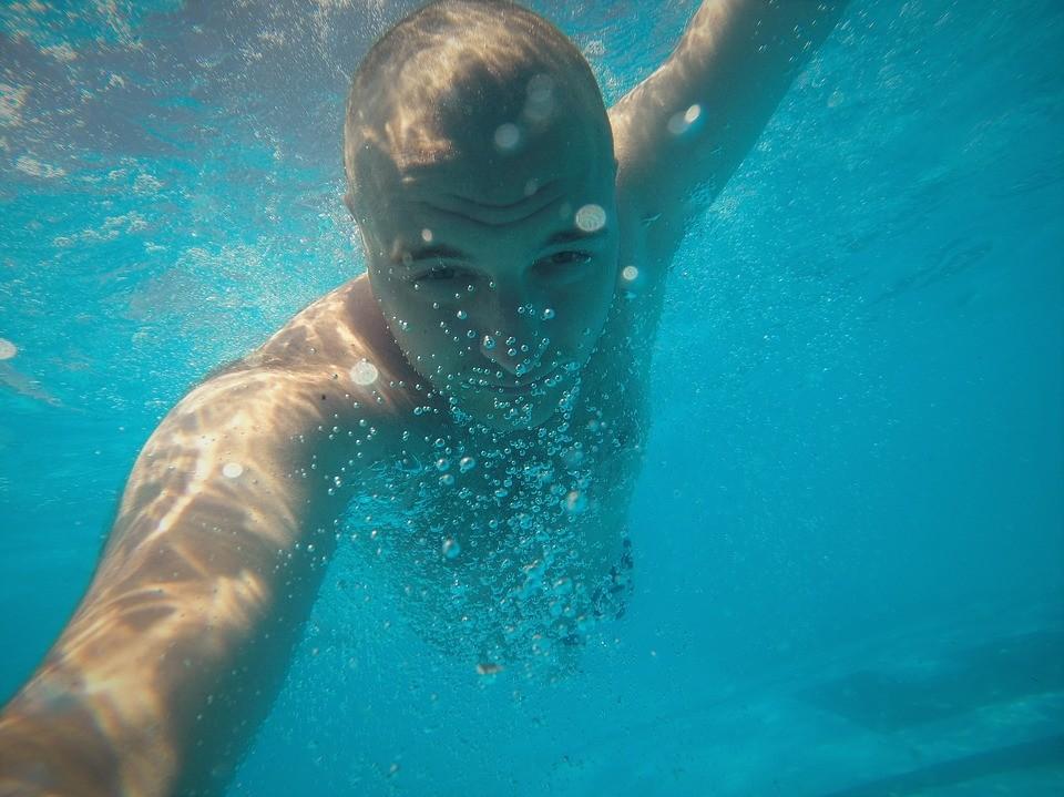 Соревнования по плаванию в открытой воде состоялись во Владивостоке