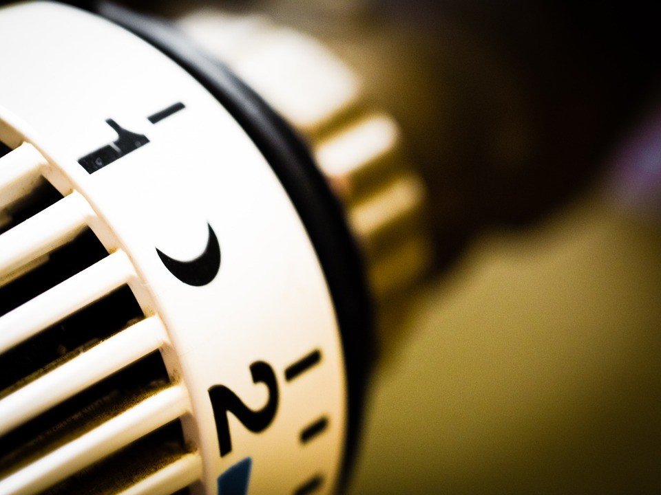 В Приморье должников за тепло отключат от горячей воды