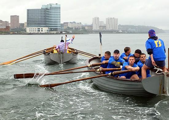 Во Владивостоке подвели итоги чемпионата ВМФ по гребле на шлюпках