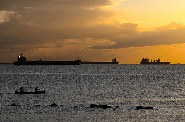 В Газпромбанке заявили о готовности оплатить расходы по репатриации моряков с арестованных в ОАЭ судов компании «Находка-Портбункер»