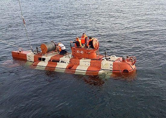 Моряки-тихоокеанцы спасали экипаж «аварийной» подлодки