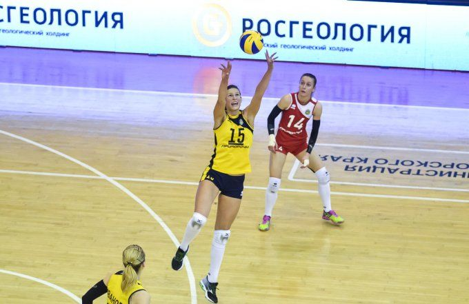 «Приморочка» в чемпионате России по волейболу стартовала с поражения