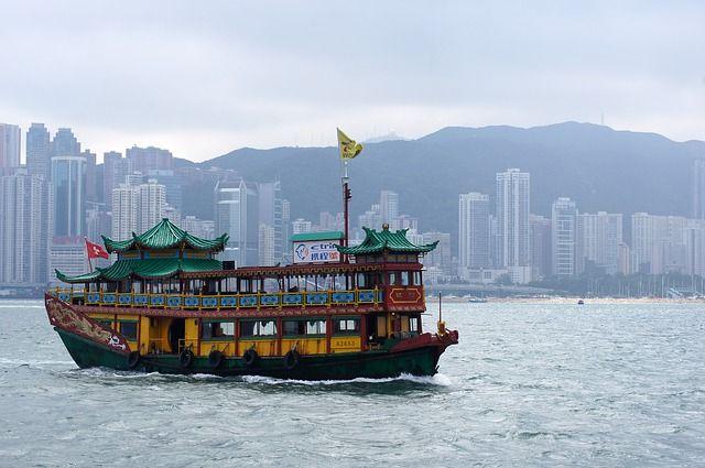 Представлен клип «Если будем…», который снимали в Гонконге и Владивостоке