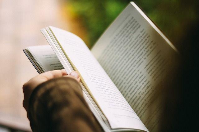 В школах Приморья не перестали незаконно собирать с родителей деньги на учебники