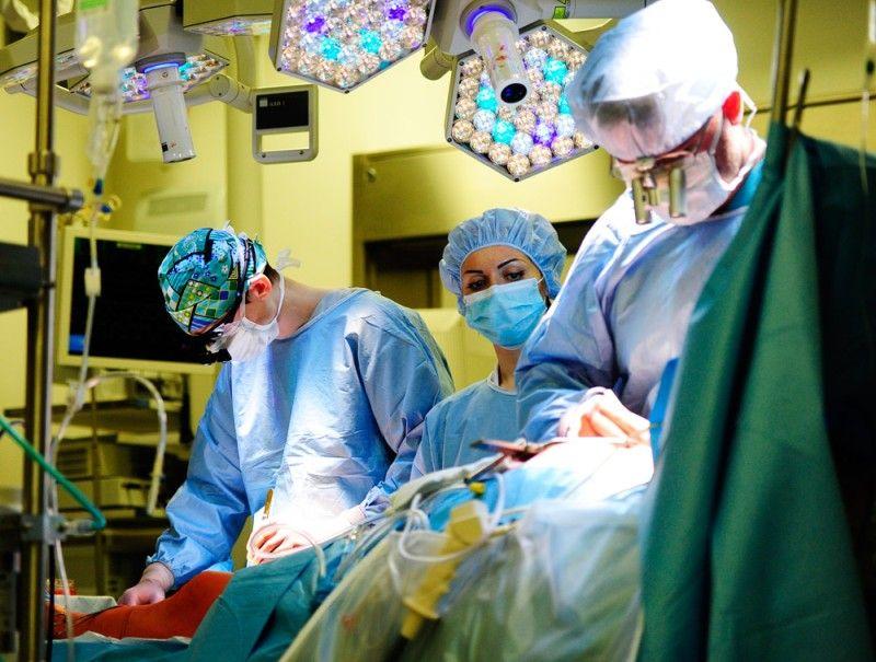 В Медицинском центре ДВФУ врачи впервые провели уникальные операции на сердце