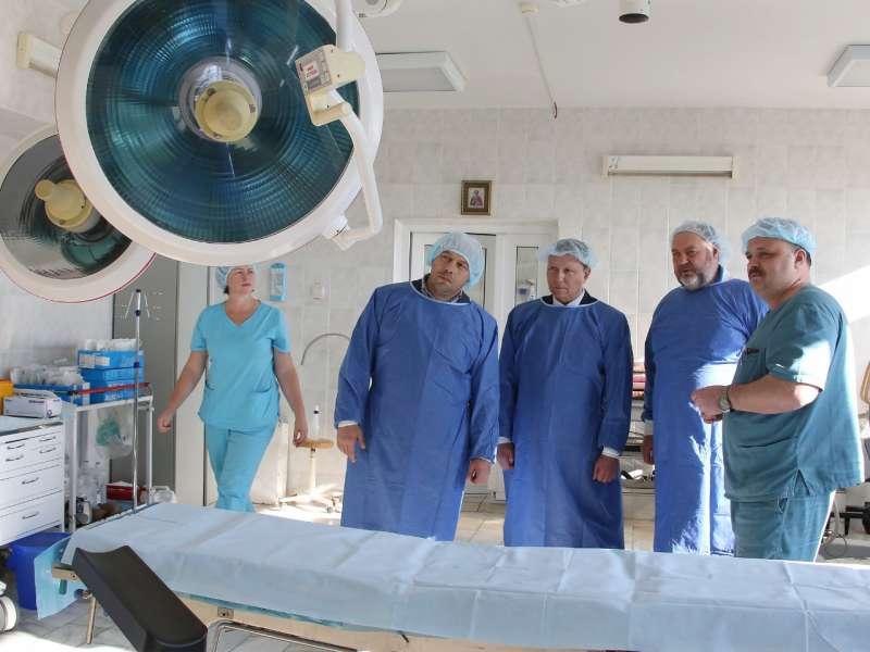 Тысячекоечная больница Владивостока получила новое оборудование