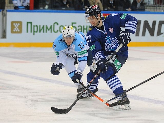 «Сибирь» выиграла у «Адмирала» в матче КХЛ
