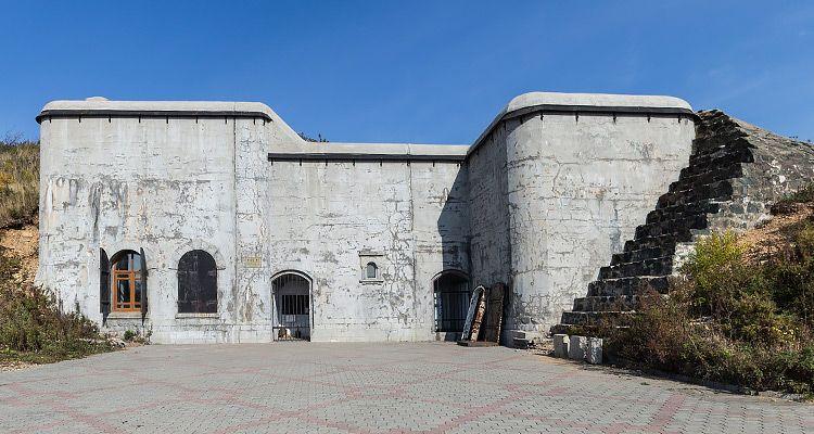Власти не сумели найти арендаторов на 18 объектов Владивостокской крепости