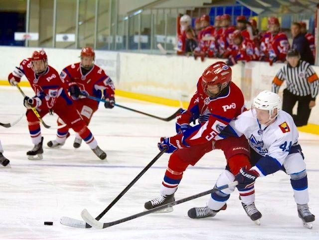 Хоккеисты «Тайфуна» проиграли в Ярославле