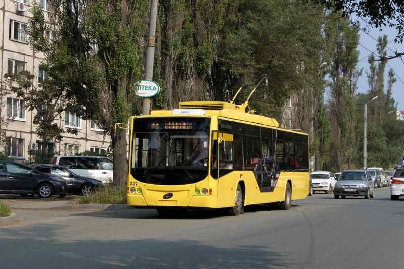 Власти Владивостока приобрели новый троллейбус за 11,05 млн рублей