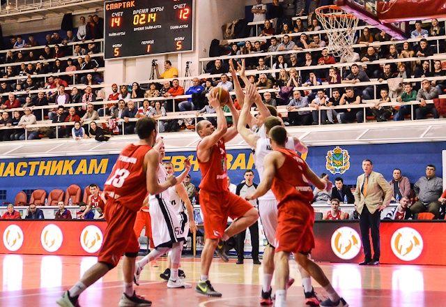 Баскетболисты «Спартака-Приморье» вышли в 1/4 финала Кубка России