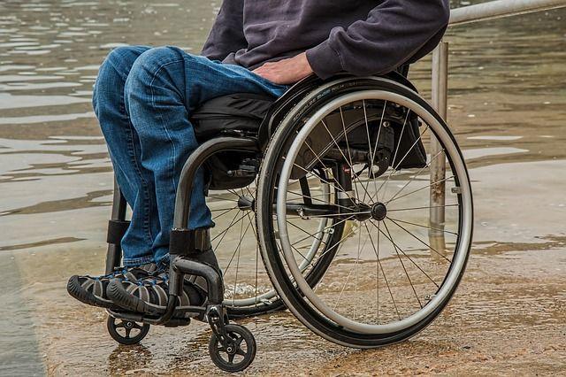 Инвалиды Владивостока: наиболее недоброжелательными являются врачи и работники транспорта