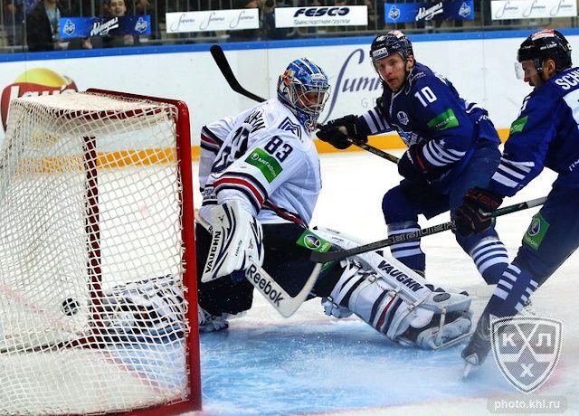 Хоккеисты «Адмирала» сотворили сенсацию, разгромив «Салават Юлаев»