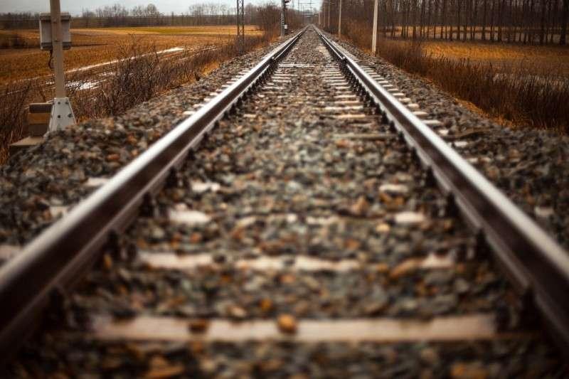 Железнодорожные пути размыло в Приморье: отменили несколько поездов