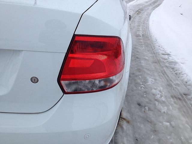 Автогонщики выехали на лёд Амурского залива во Владивостоке