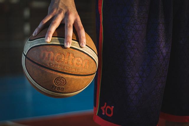 Баскетболисты «Спартака-Приморье» вышли вперёд в серии ¼ финала с «Самарой»