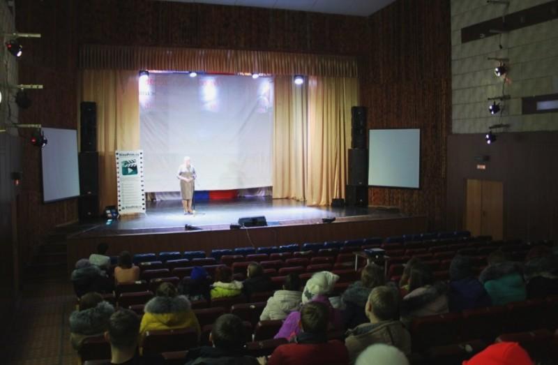 Жители приморских сёл получили возможность смотреть новинки кино на современном оборудовании