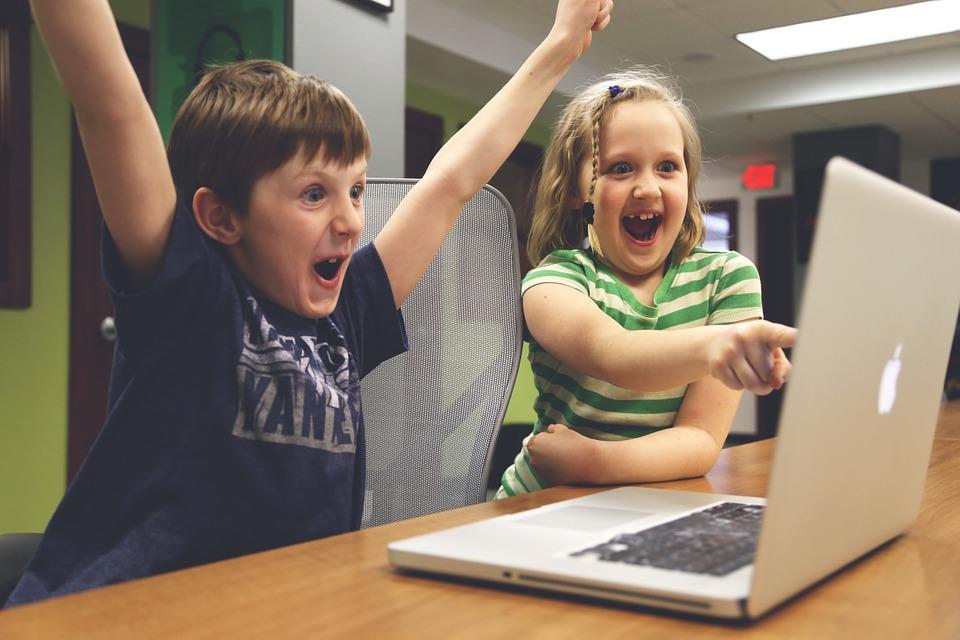 Родителям Приморья расскажут об информационной безопасности детей
