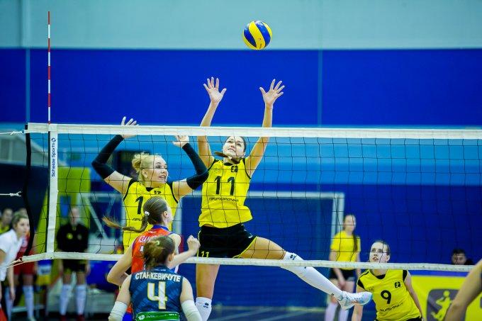 В повторном матче волейболистки «Приморочки» уступили «Спарте»