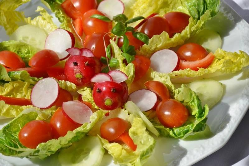 Артёмовские «Три кота» перед Новым годом остались без салатов