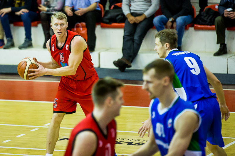 Баскетболисты «Спартака-Приморье» вышли вперёд в полуфинальной серии
