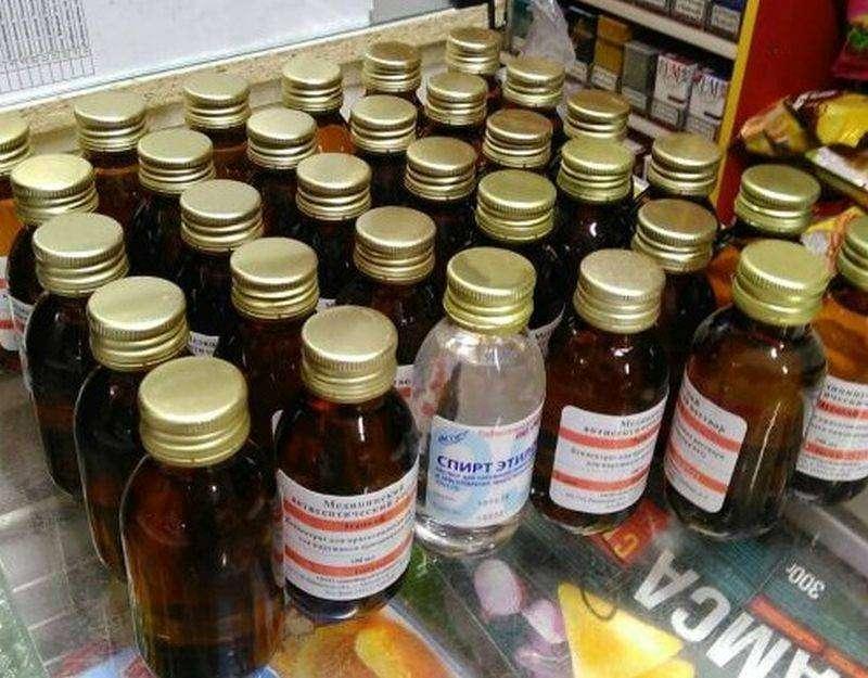 Во Владивостоке арестовали косметический лосьон «На бруньках» с содержанием спирта 75%