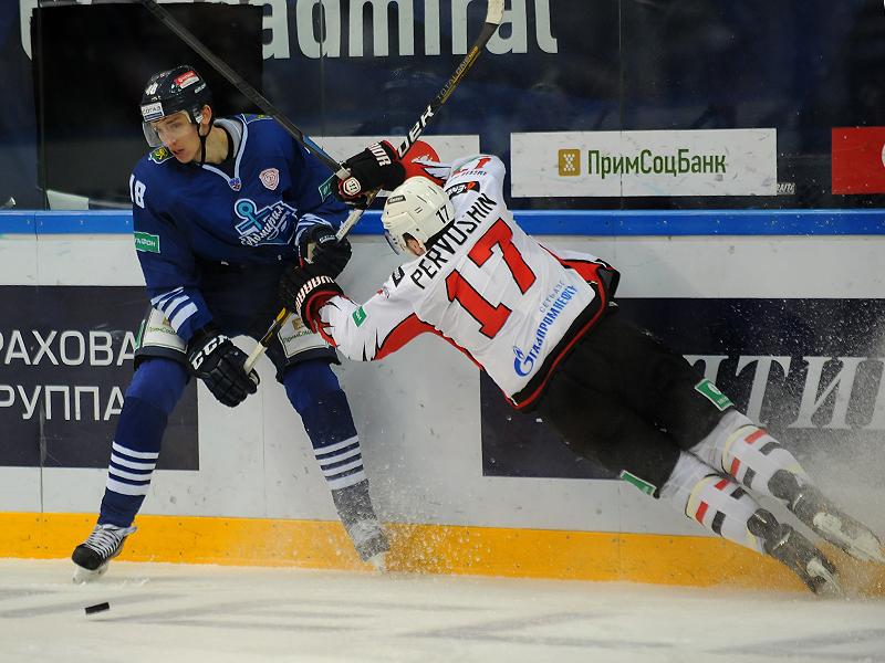Хоккеисты «Адмирала» победили «Авангард» в домашнем матче Кубка Гагарина